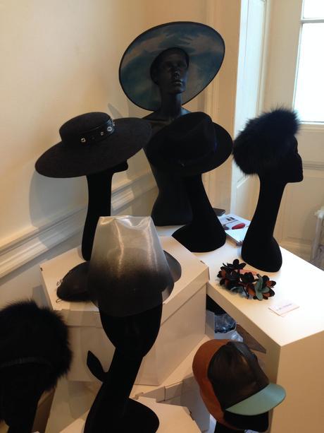 chapeaux-mode-londres-automne-hiver-2014-2015-fashion-week
