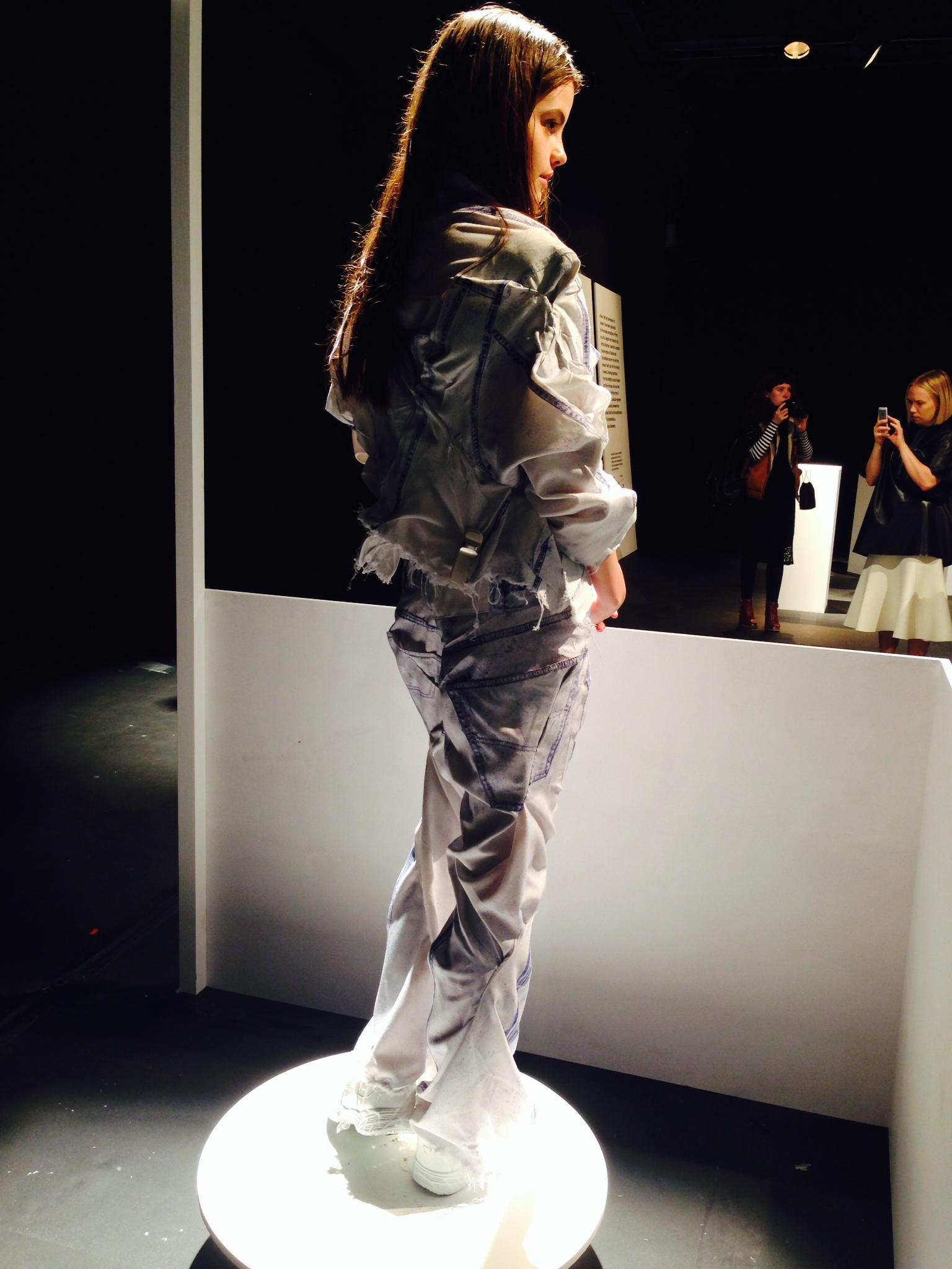 mode-jean-moderne-faustine-steinmetz-londres
