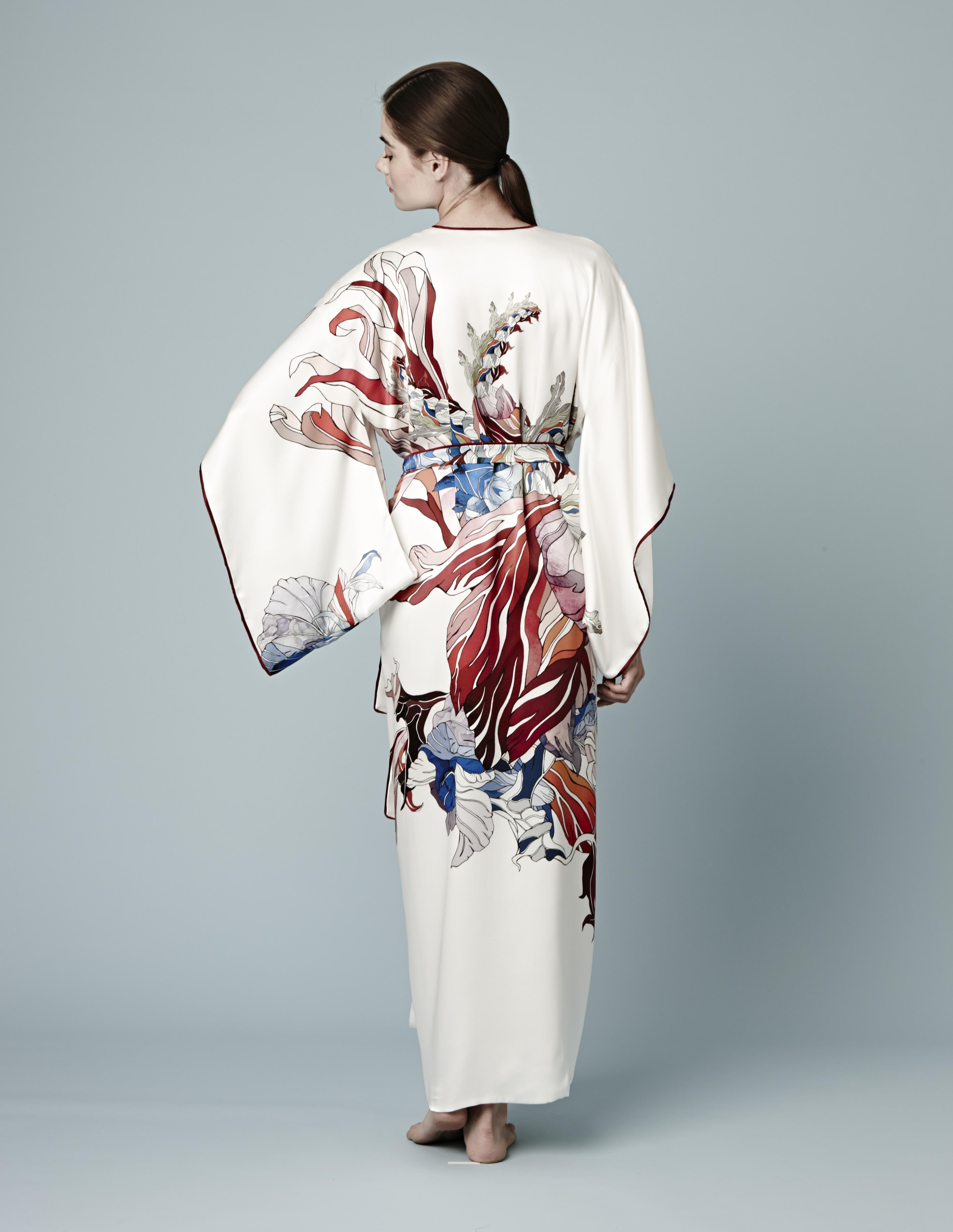red-flower-collection-meng-creation-kimono-loungewear