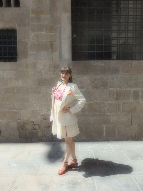 Look mode Barcelone dans le quartier.