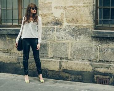 Basic look: pantalon en cuire et blouse blanche