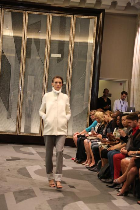C'est la Fashionweek ! Défilé Manu Reas AH 2015