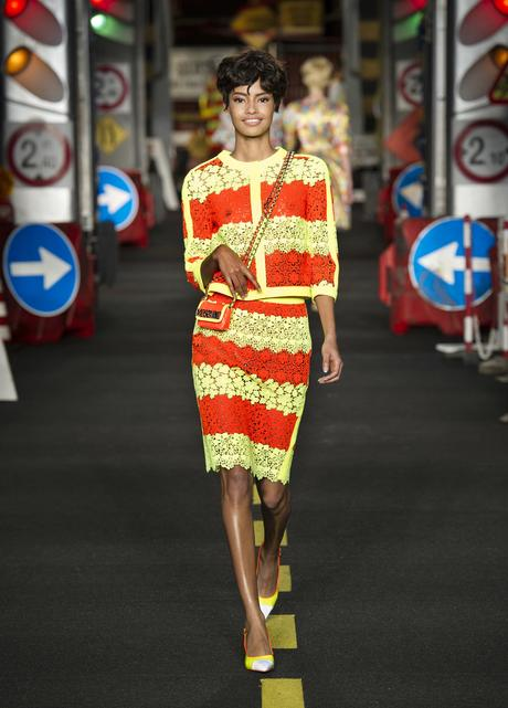 moschino-milan-fashion-week-pe-2016