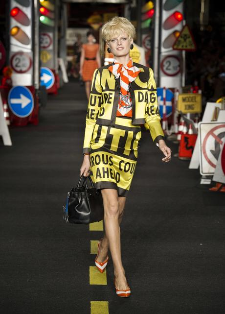 moschino-jeremy-scott-collection-ete-2016