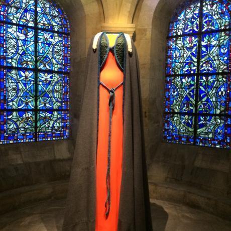 lamyne-m-couturier-expo-les-grandes-robes-royales