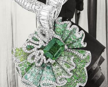 L'hommage aux femmes bijoux de Linder Sterling