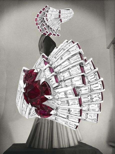 art-mode-linder-sterling-bijoux-christian-dior
