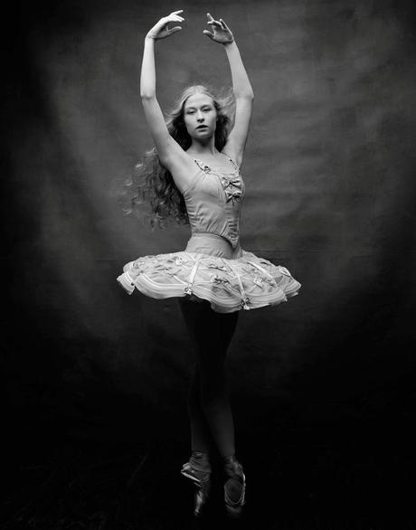 irving-penn-photo-new-york-city-ballet-janie-taylor