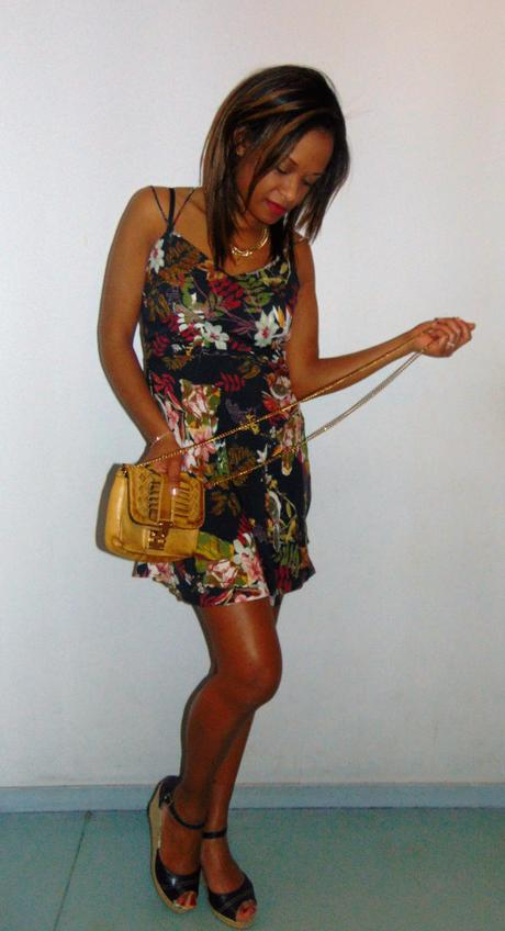 dd18dd24274  LOOK  Ma petite robe à fleurs