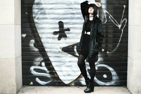street-black-outfit