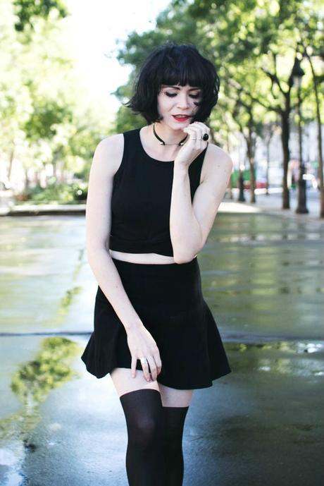 mini-jupe-noire