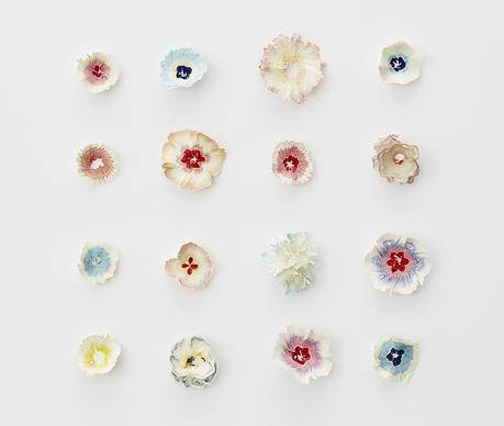 haruka-misawa-art-japon-fleurs-papier-crayon-bois