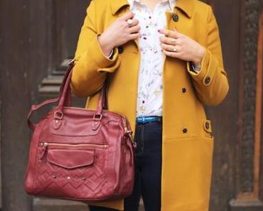 Comment porter un manteau jaune ?