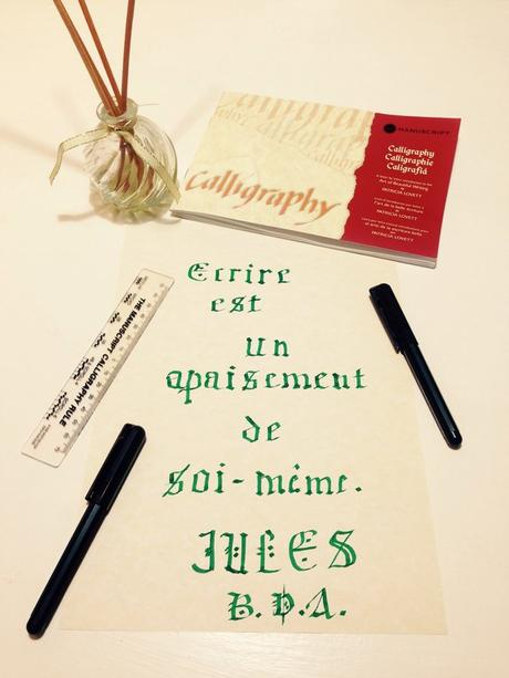 calligraphie-lettres-gothiques-citation