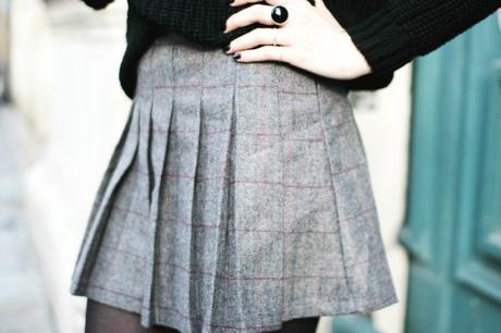 mini-jupe-plissee-carreaux
