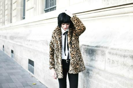 fake-leopard-jacket