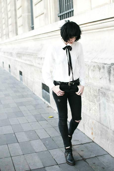 black-skinny-white-shirt