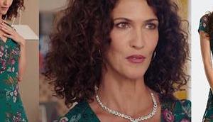 DEMAIN NOUS APPARTIENT splendide robe verte Clémentine dans l'épisode