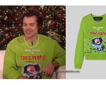 STYLE : Harry Styles's Stay Away From Toxic People print jumper
