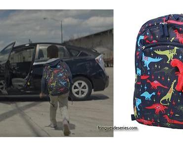 SOUNDTRACK : Barry's dinosaur print backpack in S1E01