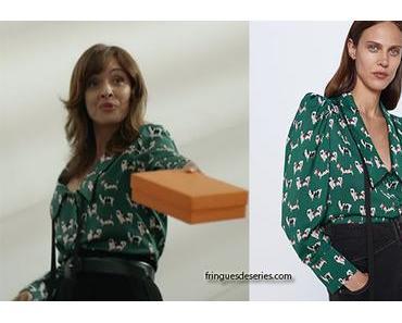 UN SI GRAND SOLEIL : la blouse avec les motifs chiens de Nathalie Gimenez