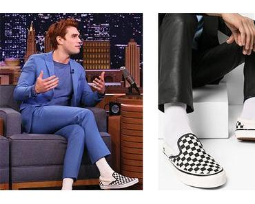 STYLE : KJ APA with checkered sneakers