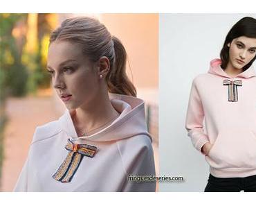ELITE : Carla's pink hoodie with ribbon
