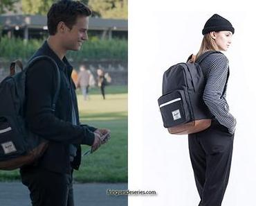 13 REASONS WHY : Justin's backpack in S4E02