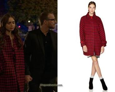 EMILY IN PARIS : Emily's red checked coat in S1E06