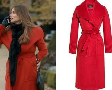 MODERN FAMILY : Gloria's red coat in S11E13