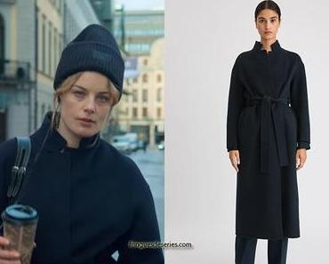 LOVE & ANARCHY : Sofie's navy coat in S1E04
