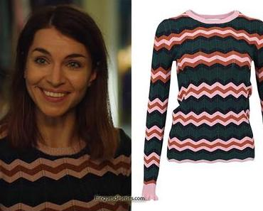 HOME FOR CHRISTMAS : Johanne's chevron sweater in S2E01