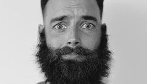 Conseils bons outils (Max-Barber) pour stimuler votre barbe