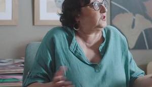 DEMAIN NOUS APPARTIENT blouse avec tête mort Mona dans l'épisode 1020